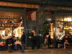 Romantic meal at World's famous Troubadour Cafe -  Elton John, Ronny Woods performed! 5 min walk!
