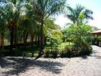 Outdoors again...aahhh the tropics...