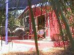 Casa das Rochas - Quinta da Arte cosy colourful house in midden of nature