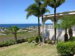 La Villa Aguila: 2-story vacation beach home