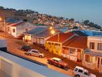 Bo Kaap your picturersque neighbourhood right in the heart of Cape Town at night