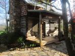 Cozy backyard oak log cabin, great sunsets.