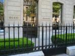 Luxury shopping Avenue Montaigne walking distance