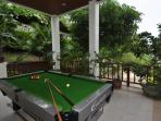 Common area: Pool table