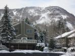 3 BR Ski in Ski out Condo at The Hunter Highlands