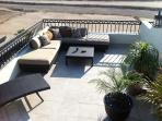 Ample seating w/ jacuzzi and barbeque grill
