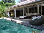 Beautiful 3 rooms villa very quiet on seminyak