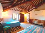 Main unit - Bedroom - Typical rural Italian timber ceilings