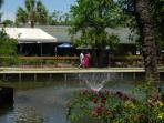 10 Minute Walk To Coligny Plaza