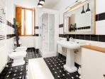 Shower with Turkish Bath