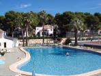 large site swimming pool and bar area