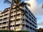 Lahaina Shores Beach Hotel Resort