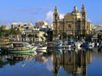 Msida Marina. 5 minutes away on foot from the apartment