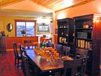 Banquet table & bar