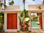 Entrance, 2 bedrooms villas