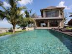 View of swiming pool & villa