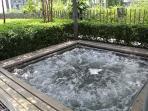 Jacuzzi beside the infinity pool