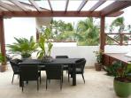 Roof terrace dining área