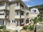 Apartment Mara Cres with 3 bed rooms * * *