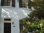 The Blue Belle~Circa 1875 Rowhouse on Jones Street