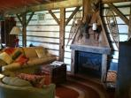 Cabin - Hot Tub, Fire Pit, near Cedar Point