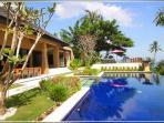 3 or 4 Bedroom Villas - 5 Minute to Senggigi area