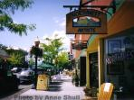 Downtown Coeur d'Alene has several boutiques, art galleries and excellent restaurants.