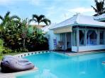 Modern 2BR Pool Villa, Eat. Str.,Central Seminyak