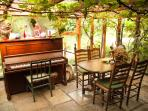 Piano and other music instrument available for a good session!
