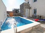 The terrace and plunge pool