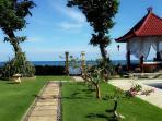 villa Gillis garden