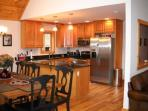 Upgraded kitchen with granite & stainless steel appliances, everything you need