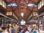 Gourmet tapas at Mercado de San Miguel: just 30 sec. away!