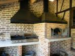 Plancha, grill and pizza oven