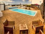 Casa Juanita - piscina, vistas al mar y el sol de invierno