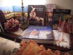 Variety of books:Tuscany interiors,Florence's history and Tuscany cookbooks