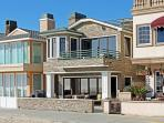 Luxury Oceanfront Single Family Home! People Watch on the Boardwalk! (68181)