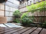 Tsuboniwa Japanese garden
