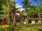 Great beachfront villa. Great garden. Private pool. Cook, maid, laundress, caretaker/concierge.