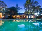Bali Beachside Canggu 5 bdrm luxury Villa Paloma
