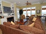 Living Area (2nd floor)