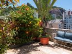 PH2 - The Large Garden Terrace