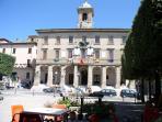 Sigillo Central square and City Hall