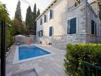 Luxury holiday villa with pool and sea view in Split on Marjan