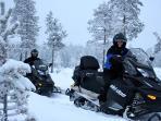 Snowmobiletours
