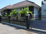 Villa Ditya front-side