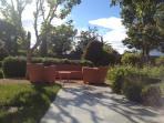 Garden (sitting area)