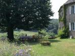 Meadow, back garden and al fresco eating