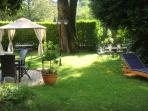 GardenThe sprawling garden with its mature trees extends over an area of approximately 1000 square metres.  Guests can...