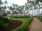 sidewalk from apt to beach